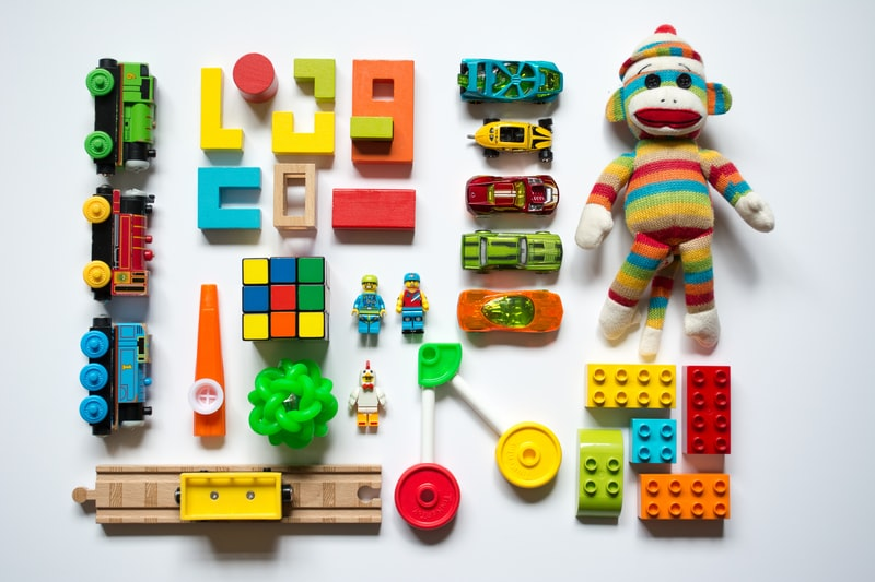 How To Choose The Right Baby And Kids Toys For Your Newborn